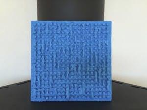 Bleu clouté